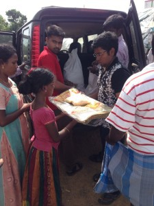 EinNel CSR team distributed rice and sleeping mats to the flood victims